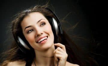 Aplikasi Pendeteksi Lagu Online
