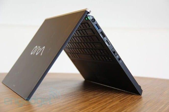laptop terbalik